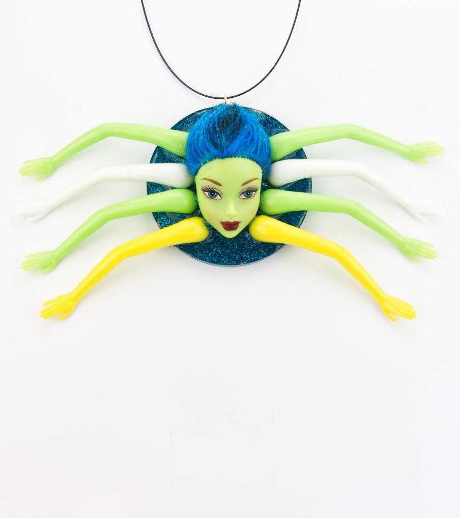 Barbie spider - hanger | Sieraad - Belinda Brama