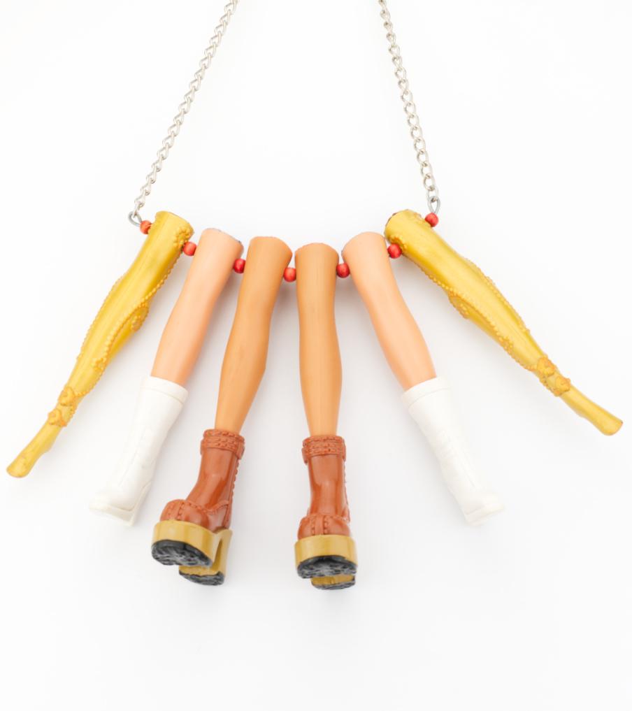 Legs - hanger | Sieraad - Belinda Brama