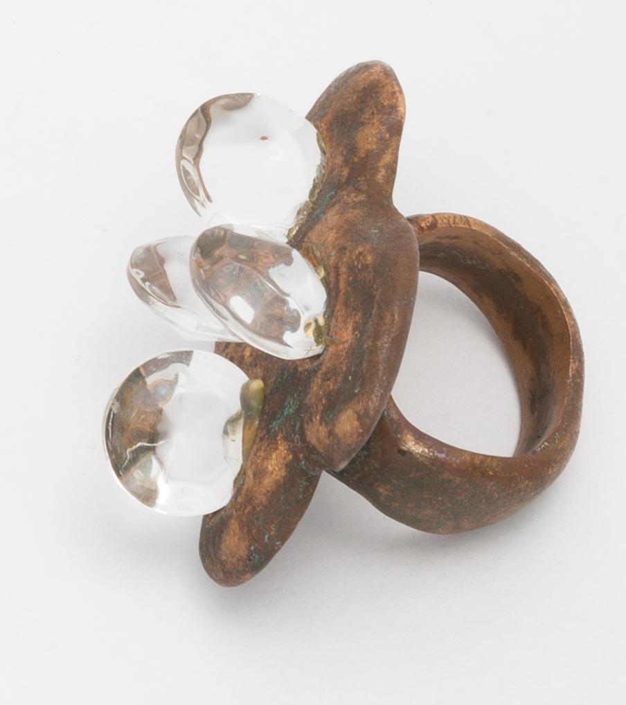 Brons en swarovski ring | Sieraad - Belinda Brama