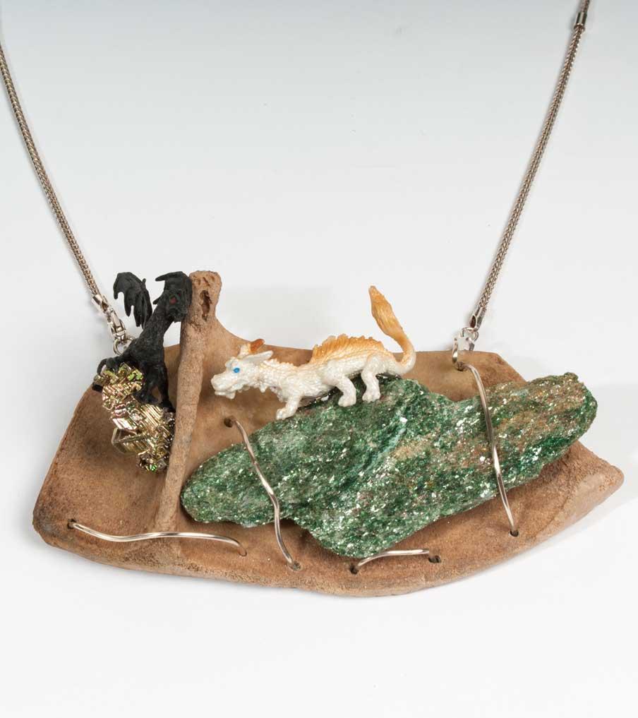 Draken op bot hanger met ketting | Sieraad - Belinda Brama
