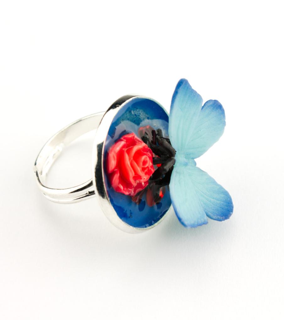 Butterfly red rose snowwhite - ring | Sieraad - Belinda Brama
