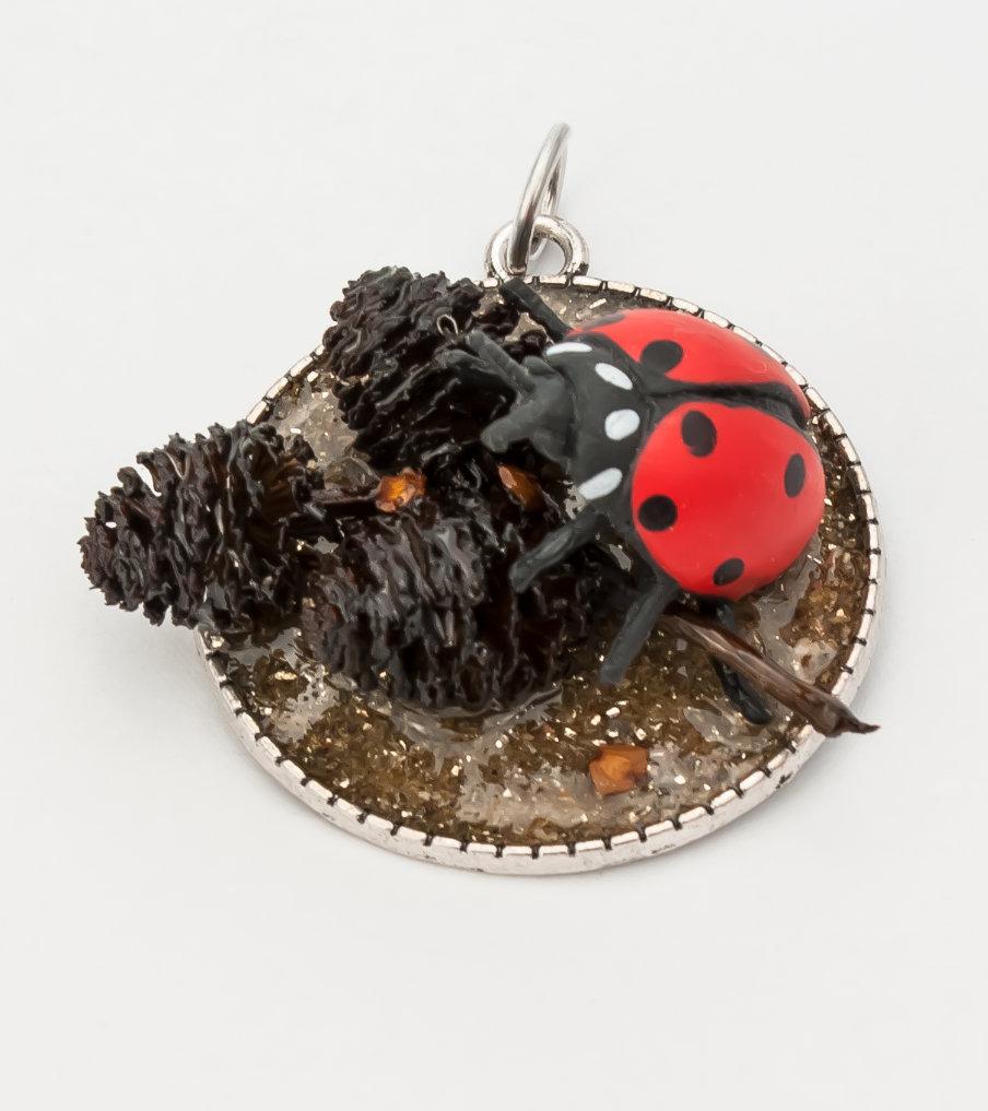 Ladybug 1 - hanger | Sieraad - Belinda Brama