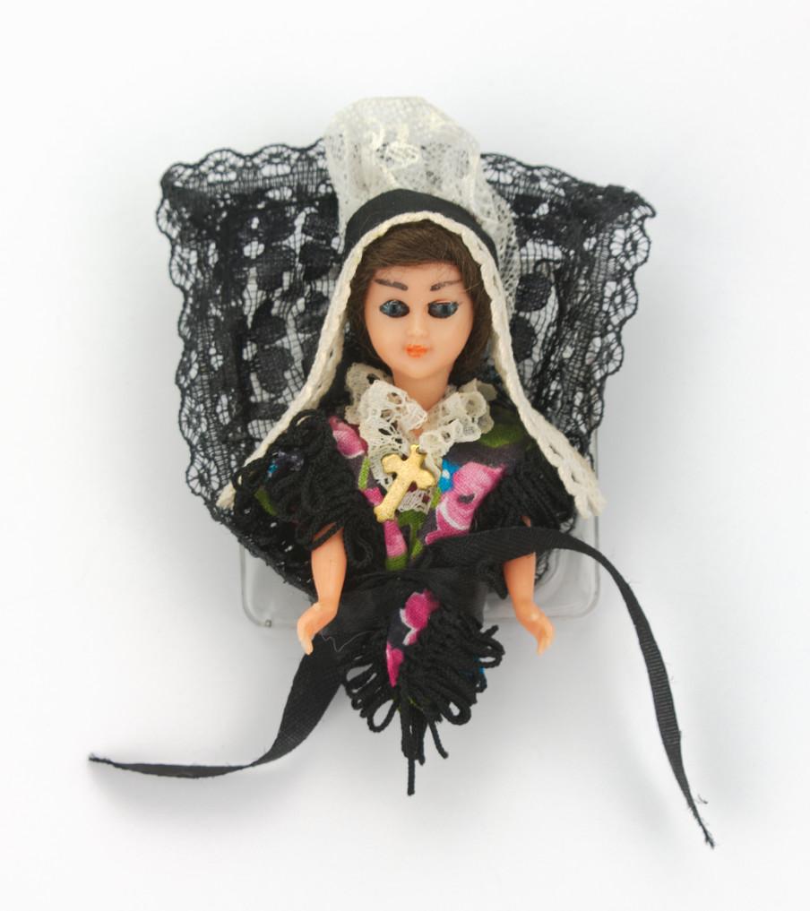 Traditional Dolls - Theemuts - broche | Sieraad - Belinda Brama